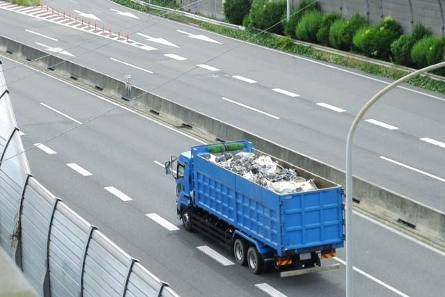 廃棄物運搬の風景